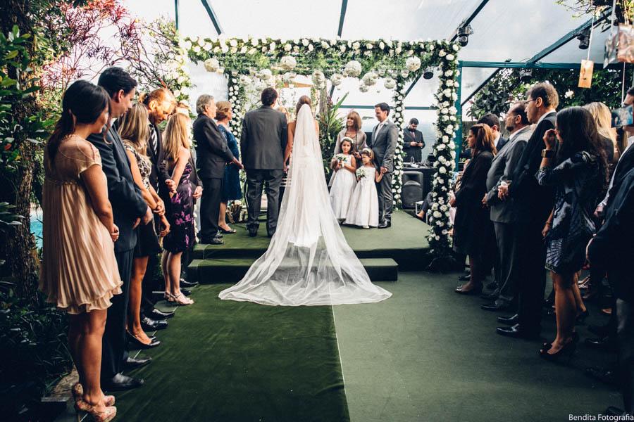Fotos de casamento, Bendita Fotografia, Vestido de Noiva, mini wedding, noiva, casamento em casa,  noiva, cerimonia de dia