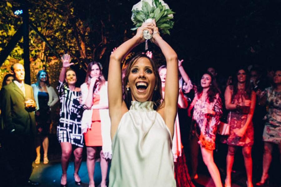 Fotos de casamento, Bendita Fotografia, Vestido de Noiva, mini wedding, noiva, casamento em casa,  noiva, festa de casamento, festa judaica,  buque