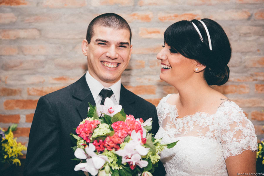 fotos de casamento, mini wedding, restaurante lillo, casamento em restaurante, decoracao mini wedding, mini wedding restaurante, noiva com tattoo, noiva tatuagem, noivinhos, topo de bolo de casamento,