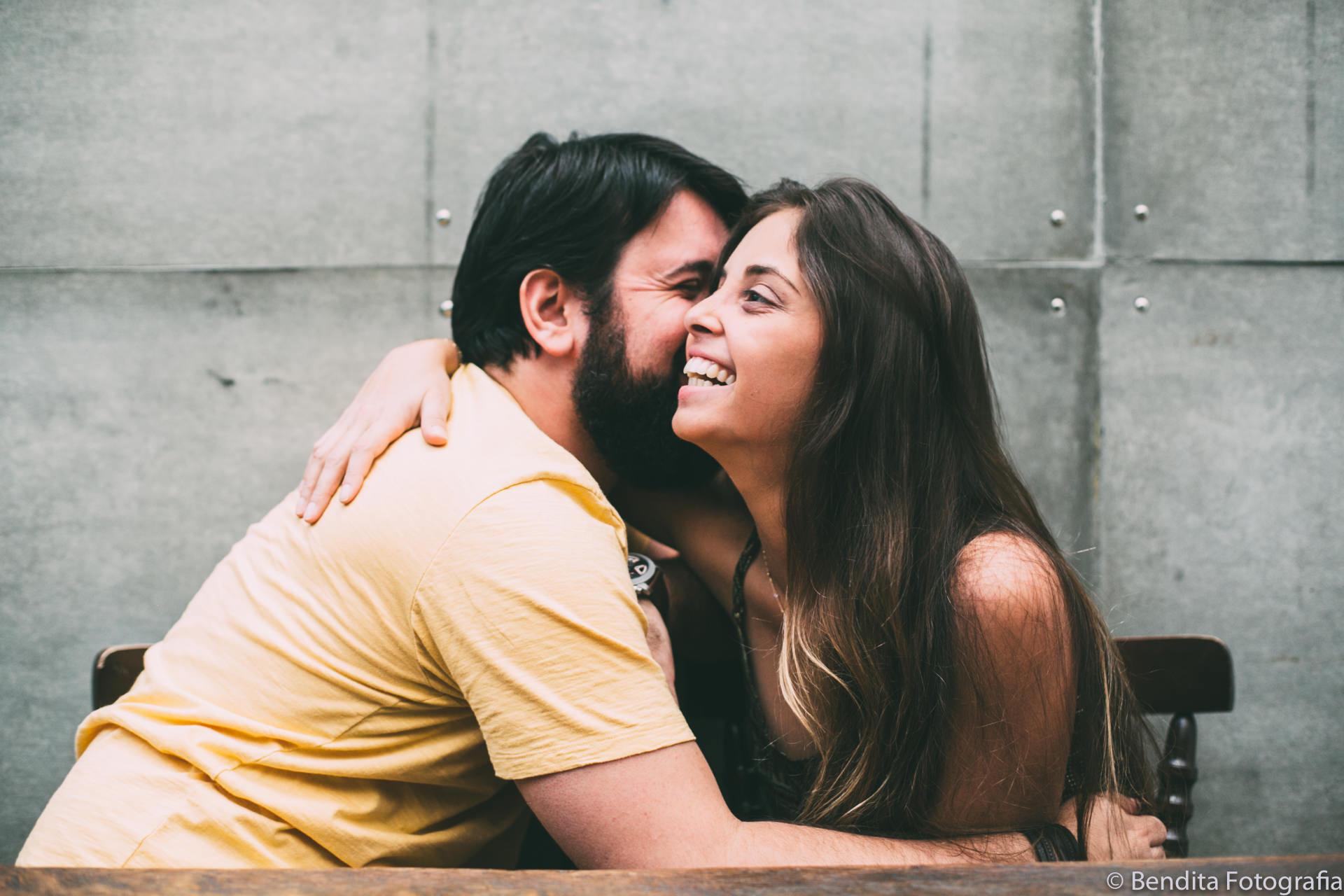ensaio de fotos de casal, sofa cafe, bendita fotografia, nanda ferreia, ensaio de fotos, ensaio fotografico, photoshotting, ensaio de casal